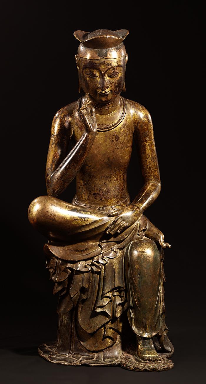 弥勒菩薩半跏思惟像」(写真提供:国立中央博物館)半跏思惟像は、仏典の内容の中で釈迦が皇太子だった